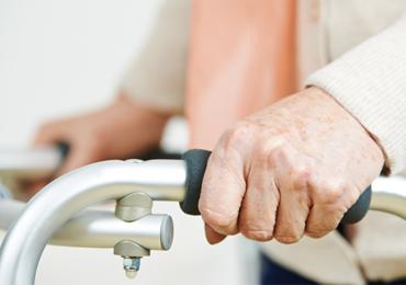 Idosos Diabéticos: Desempenho Físico dos Membros Inferiores e Comparação Entre os Gêneros