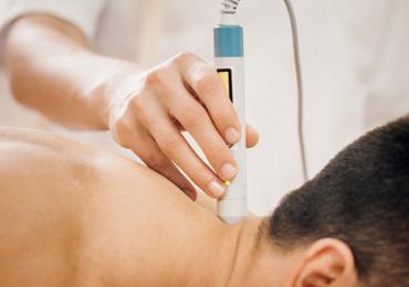 Efeito da Laserterapia de Baixa Intensidade no Tratamento de Lesões Musculares por Esforço em Atletas: Uma Revisão da Literatura