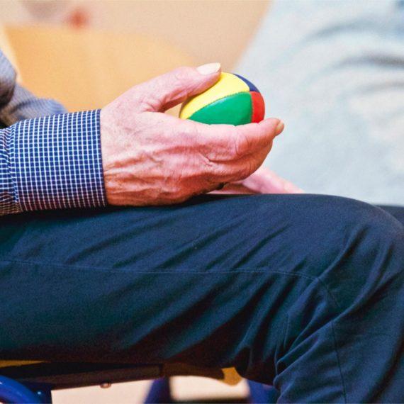Jogos Interativos Ajudam na Fisioterapia e Sociabilidade de Idosos