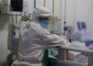 Fundamentais nos atendimentos a pacientes com coronavírus, fisioterapeutas são em número reduzido e enfrentam escassez de equipamentos