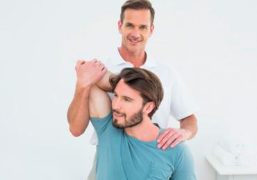 Fisioterapia: exercitar apenas um braço aumenta a força do outro, aponta estudo